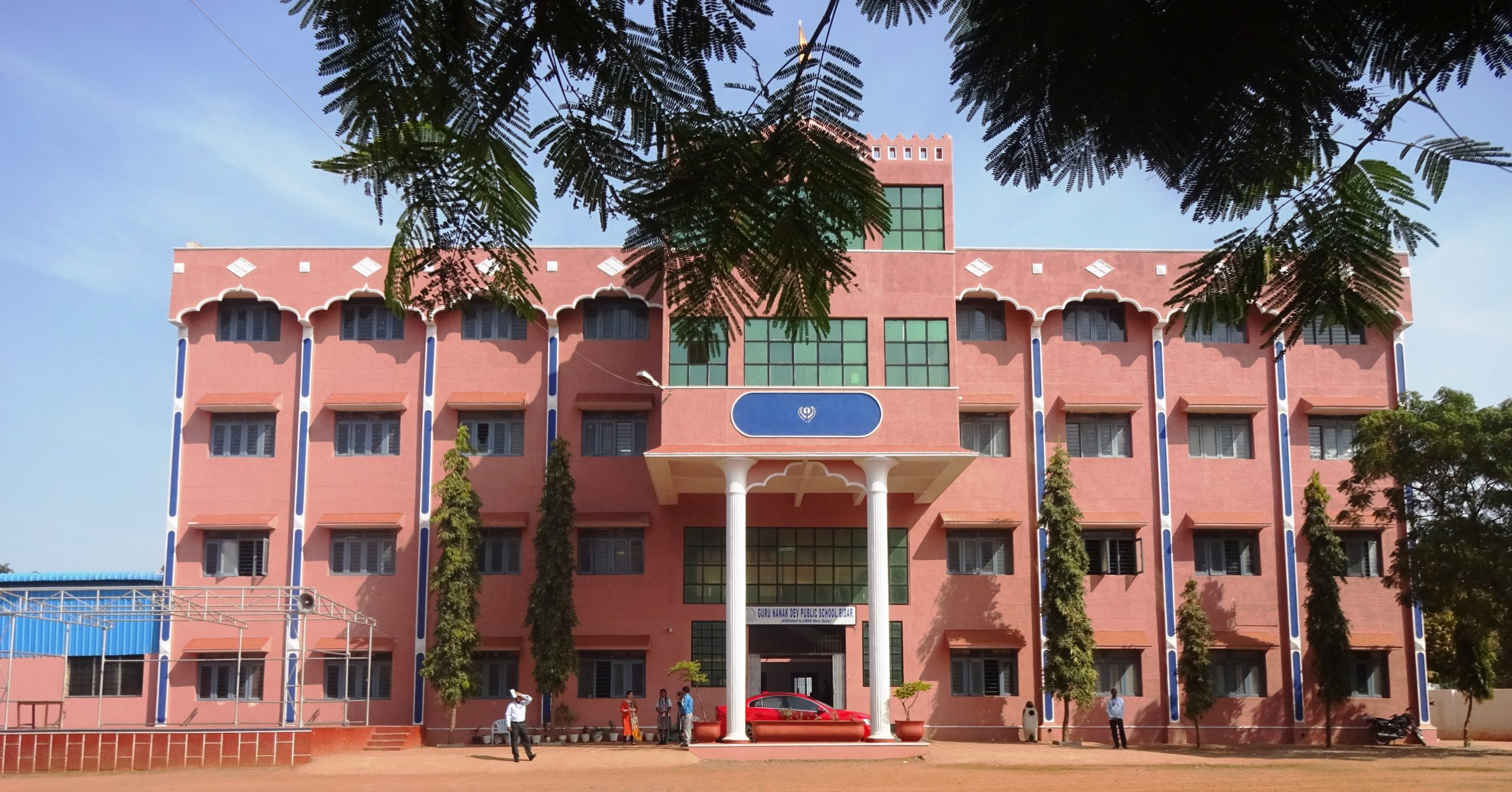school_building_